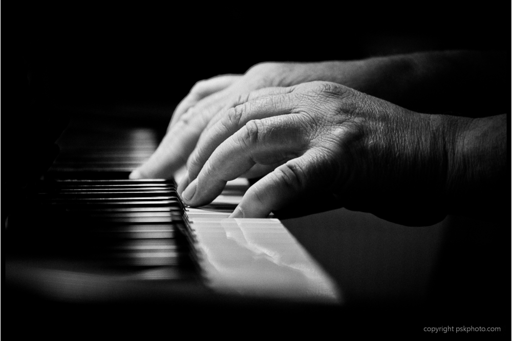 Piano player, Music, Piano, black and white photography