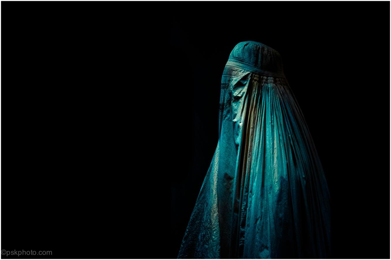 The Afghan Burqa, London, 2015