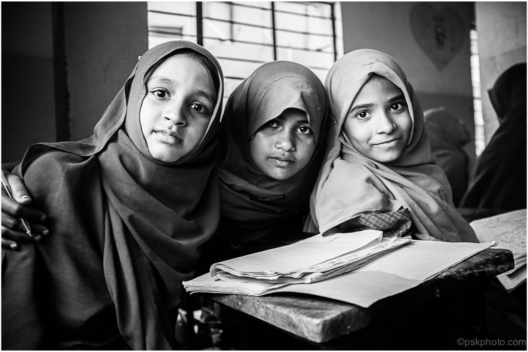 three-muslim-girls